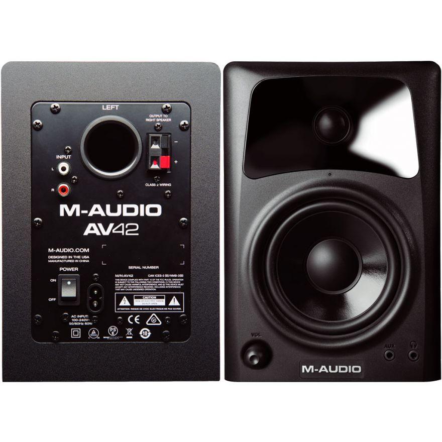 0-M-AUDIO AV42 Studiophile