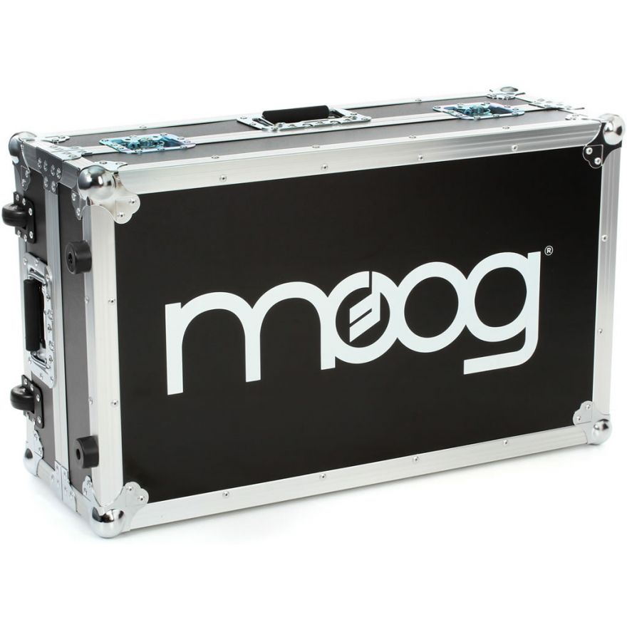 MOOG ATA ROADCASE PER SUB PHATTY