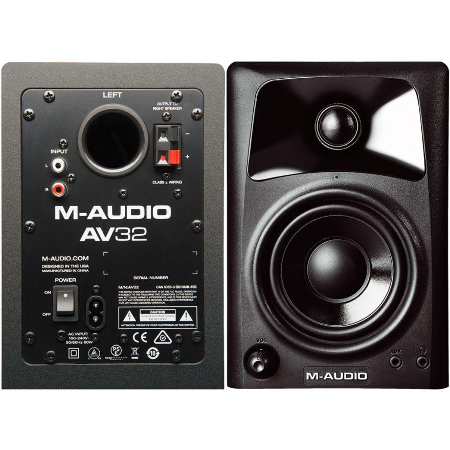 0-M-AUDIO AV32 Studiophile