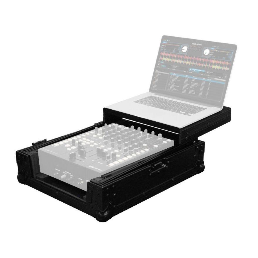 Flight case in grado di contenere un set composto da mixer da 10