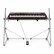 Korg Grandstage 73 con Supporto Sequenz STD-M-SV