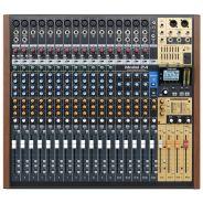 Tascam Model 24 - Multitraccia / Mixer / Interfaccia Audio USB
