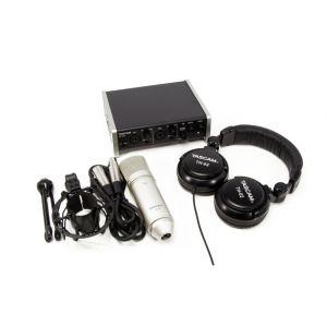 Tascam Trackpack 2x2 - Kit per Home Studio Recording