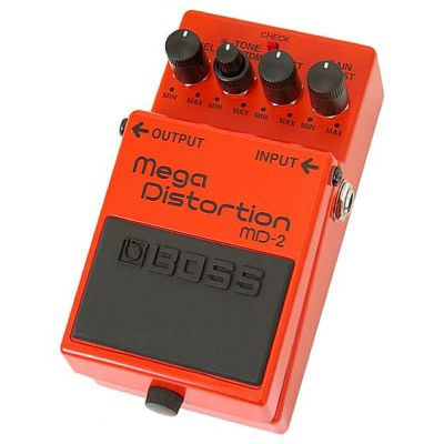 BOSS MD2 - EFFETTO A PEDALE SINGOLO A MEGA DISTORTION