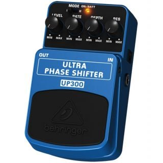 1-BEHRINGER UP300 ULTRA PHA