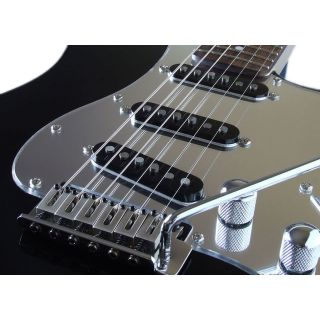 1-SQUIER by FENDER STRATOCA