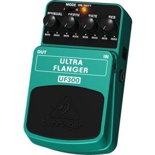1-BEHRINGER UF300 - ULTRA F