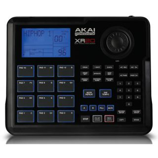 1-AKAI XR20 - DRUM MACHINE/
