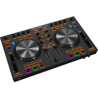 1-BEHRINGER CMD STUDIO4A -