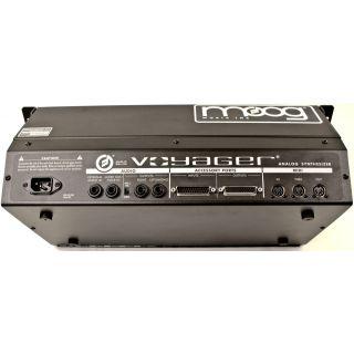 1-MOOG Minimoog Voyager Rac