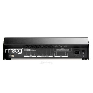 1-MOOG Slim Phatty