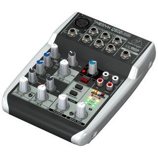 1-BEHRINGER XENYX Q502 USB