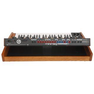 1-MOOG Minimoog Voyager Per