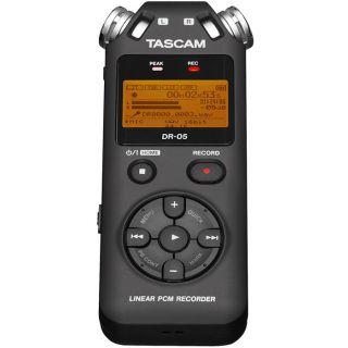 1-TASCAM DR05 V2 + MicroSD