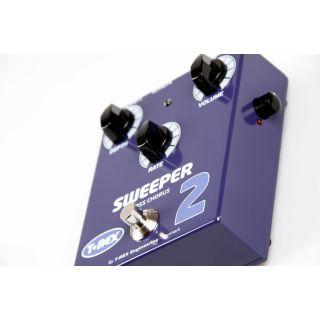 1-T-REX TR10206 SWEEPER 2