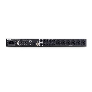 1 Focusrite - Clarett 8 Pre USB