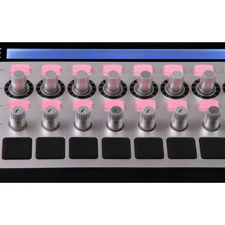 2-NOVATION ReMOTE SL 61 MKI