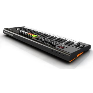 2-NOVATION Launchkey 49