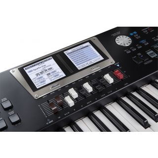 2-ROLAND BK9 Backing Keyboa