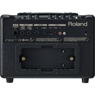 2-ROLAND AC33 - AMPLIFICATO
