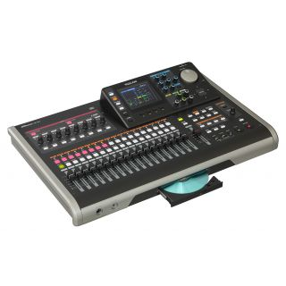 2-TASCAM DP24 - REGISTRATOR