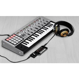 2-IK MULTIMEDIA iRig MIDI -