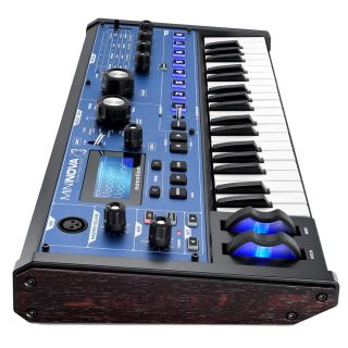 2-NOVATION MININOVA + Gig B