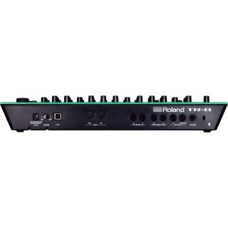 2-ROLAND TR8 Rhythm Perform