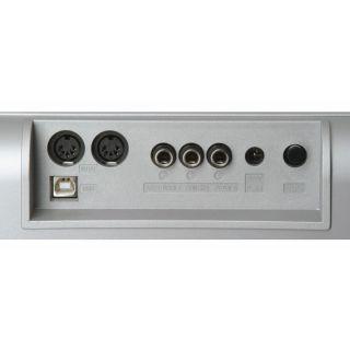 3-Studiologic VMK161 Plus -