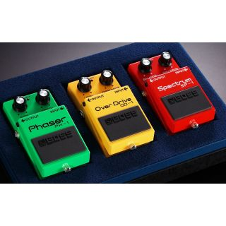 BOSS BOX 40 - Overdrive / Phaser / Spectrum Limited Edition_box