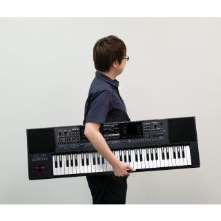 Roland EA7 a mano