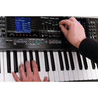 Roland EA7 Suona