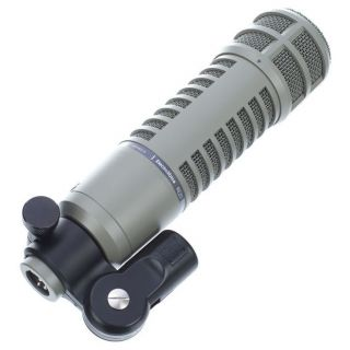Electro Voice RE20 clip