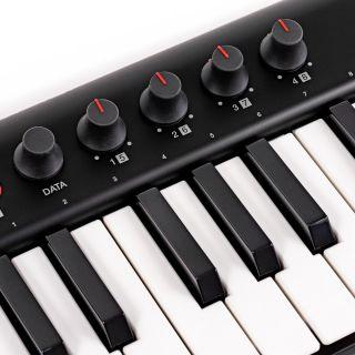 3 IK Multimedia Irig Keys 2 Pro