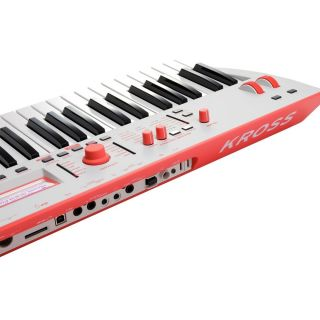 Korg Kross 2 61 Grey Red - Sintetizzatore Workstation 61 Tasti02