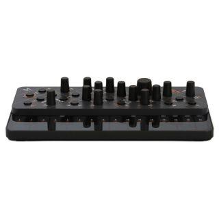 Modal Electronics Skulpt - Sintetizzatore Analogico Polifonico