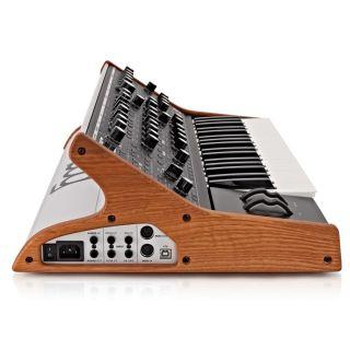 Moog Subsequent 37 - Sintetizzatore Analogico Parafonico 37 Tasti06