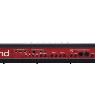 5 Roland Fantom 6 - Sintetizzatore 61 Tasti