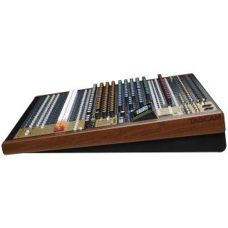 Tascam Model 24 - Multitraccia / Mixer / Interfaccia Audio USB04