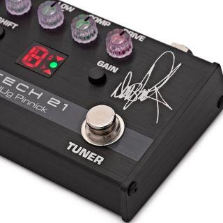 Tech 21 DP-3X - Preamp a Pedale per Basso dUg Pinnick Signature05
